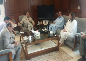Vice Chancellor Women University Swabi in a meeting with Chairman HEC Professor Dr. Mukhtar Ahmad